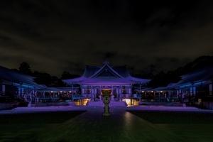 〈2019.2.25〉法多山尊永寺の本堂を、パナソニックのLEDフルカラー投光器「ダイナセルファー」がライトアップ