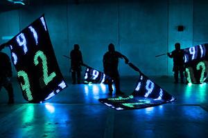 "〈2019.5.9〉mplusplus、ディスプレイのように制御可能な旗""LED VISION FLAG"" を開発。 EXILE LIVE TOUR 2018-2019でパフォーマンス披露!"
