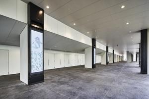 〈2020.6.24〉ソニービジネスソリューション、横浜・みなとみらいの新音楽アリーナ「ぴあアリーナMM」に、柱を活用したサイネージシステム「Motion Corridor」を納入